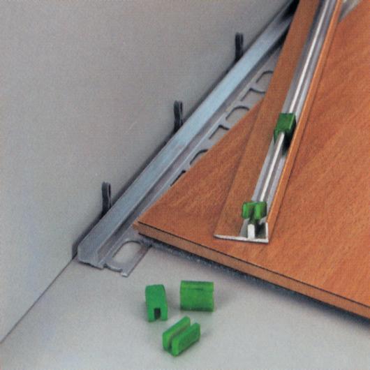 Base MP13 (+15 clip di aggancio) – barre da 270 cm (per spessori da 1,6 a 15,5 mm)